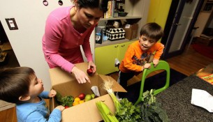 eating healthy to avoid childhood obesity